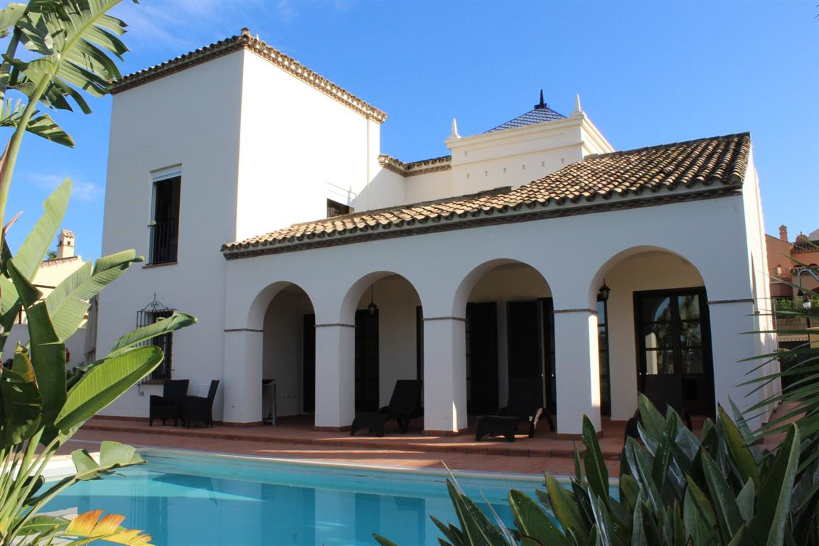 La Reserva de Sotogrande: Front line golf 3 bedroom 3 bathroom villa within the gated community. Sho,Spain