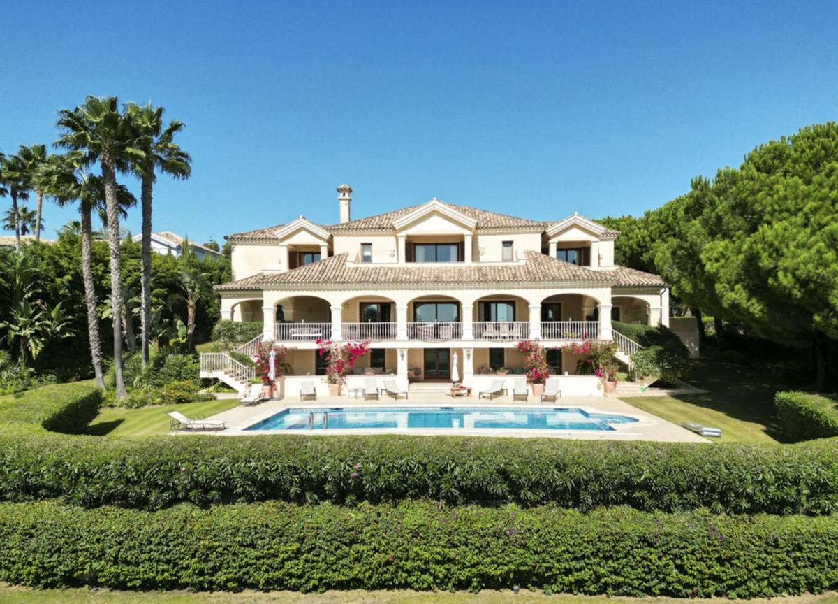 Villa in Sotogrande Alto
