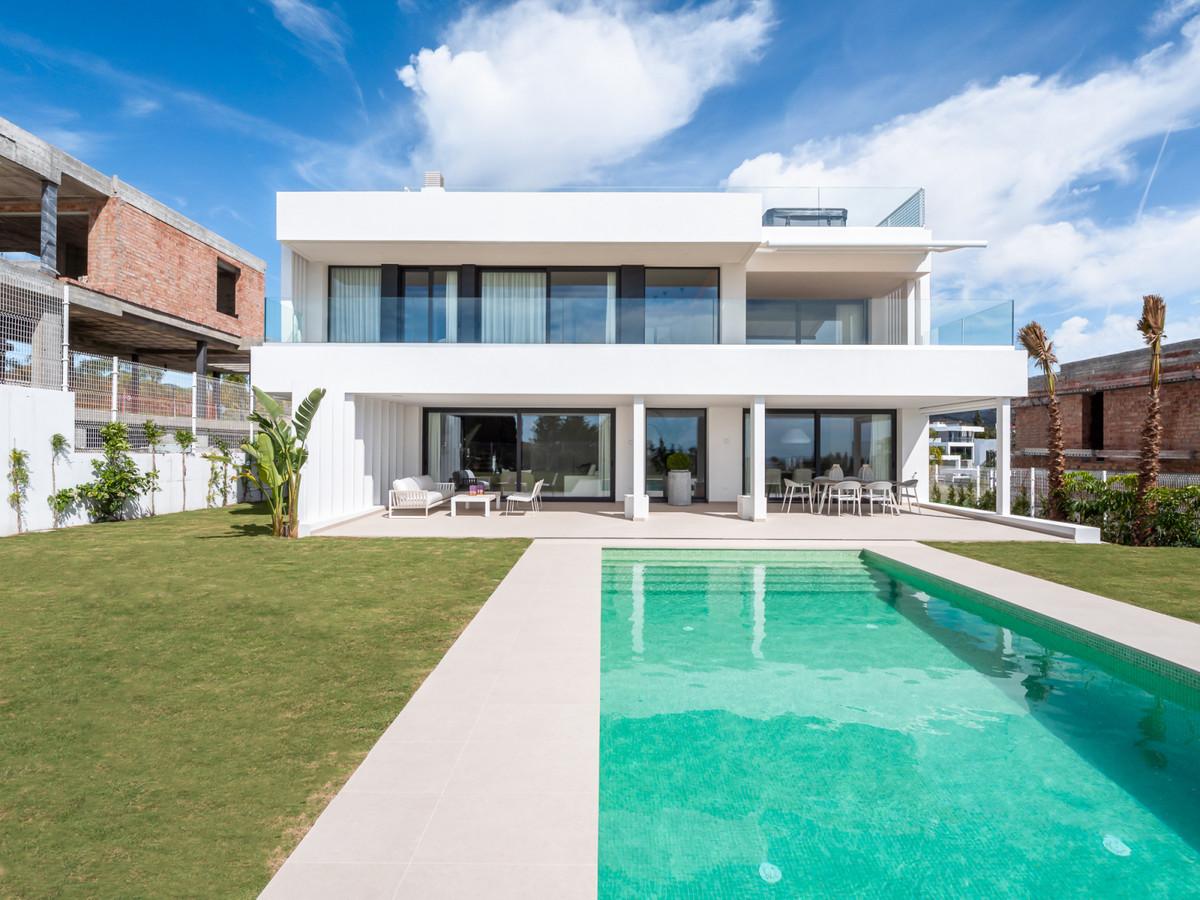 MODERN VILLA- NEW GOLDEN MILE !!!!   BEAUTIFUL MODERN VILLA OF RECENT CONSTRUCTION WITH SOUTH FACING,Spain