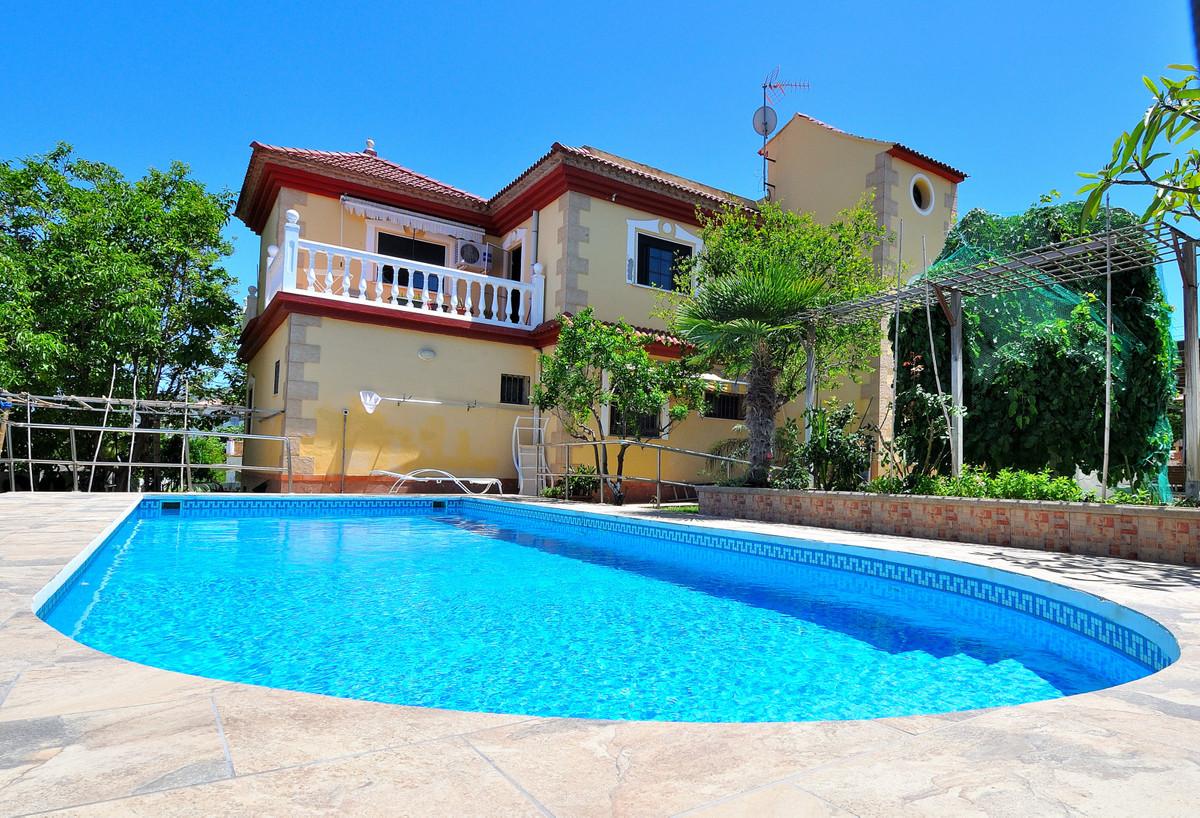 House in Alhaurín de la Torre R3857167 1