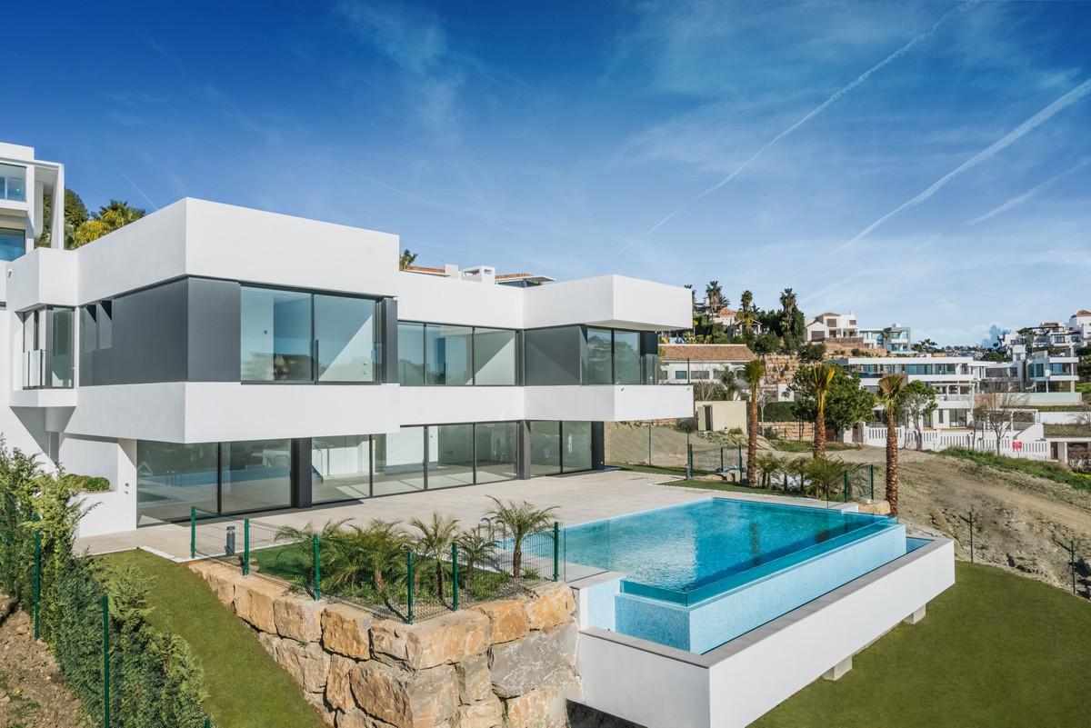 Freistehende Villa in Benahavís R3349696