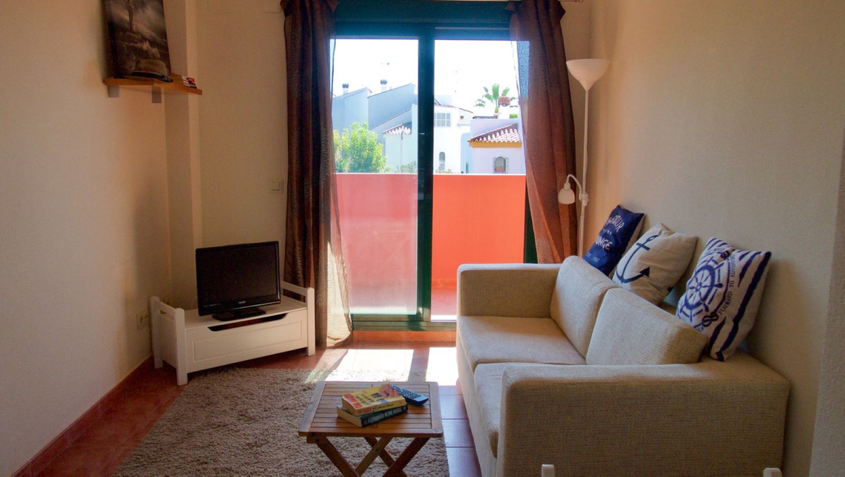 R3731929: Apartment - Middle Floor for sale in Casares Playa