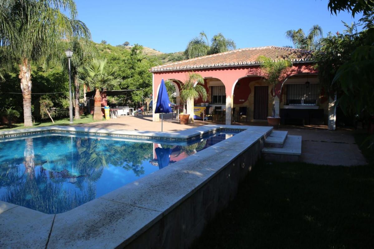 Ref:R3619931 Villa - Finca For Sale in Coín