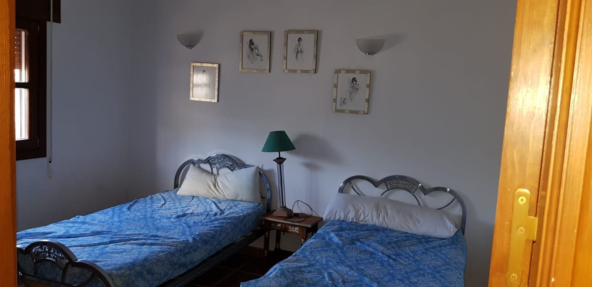 Ref:R3617882 Villa - Finca For Sale in Coín