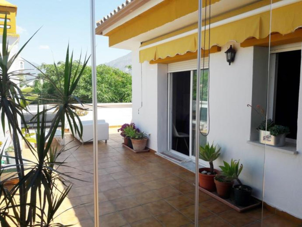 Penthouse in Nueva Andalucía R3442741