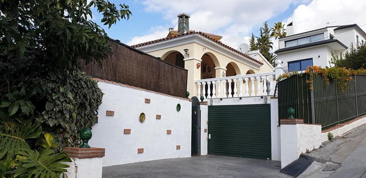 Ref:R3336925 Villa - Detached For Sale in Coín