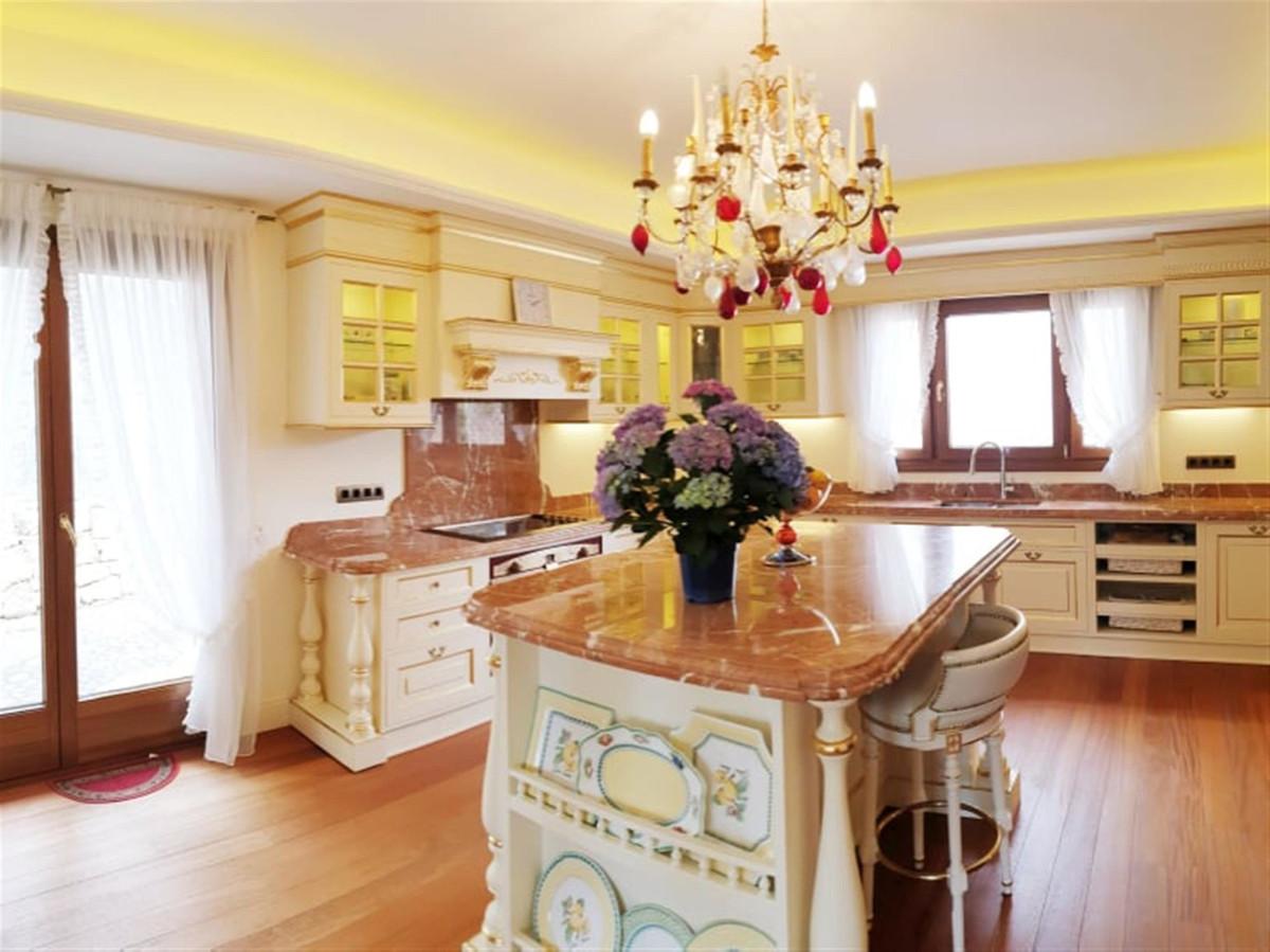 R3399550: Villa - Detached for sale in Marbella