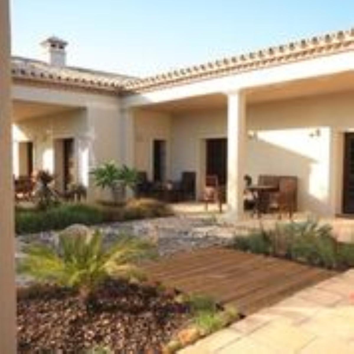 Villa 12 Dormitorios en Venta Monda