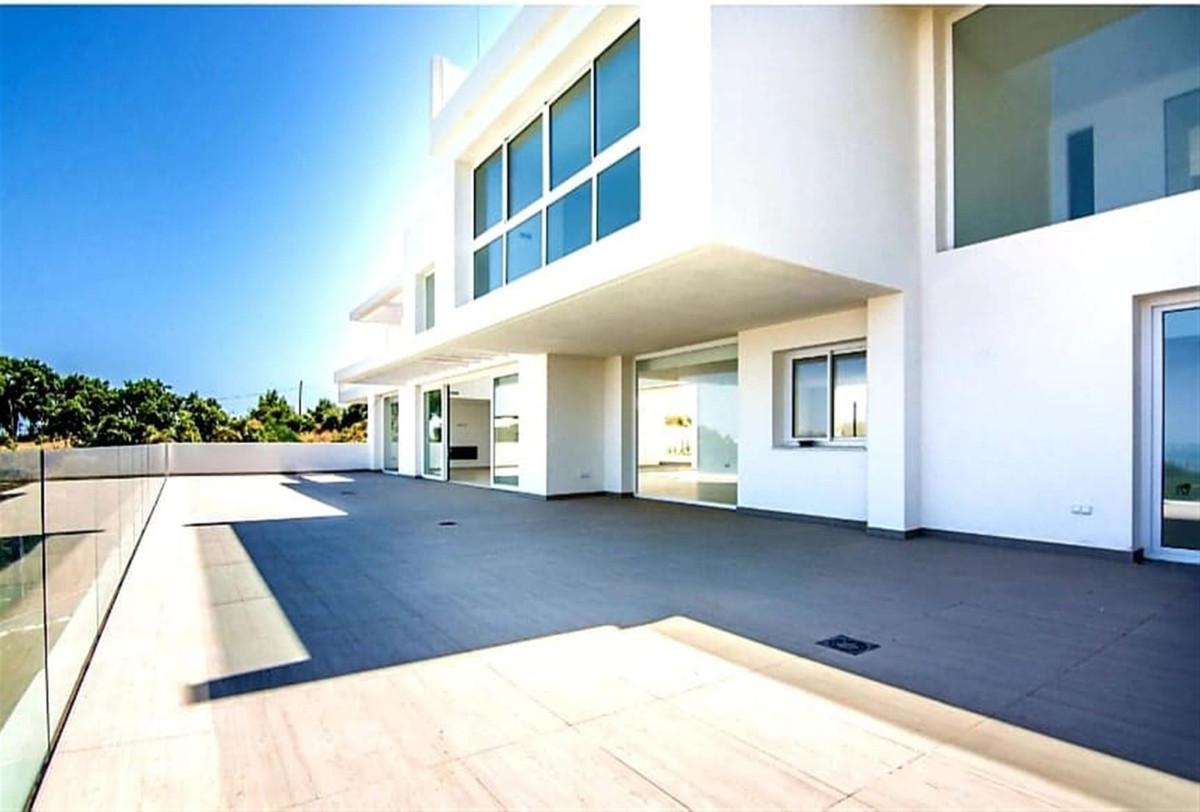 R3403969: Villa - Detached in La Mairena