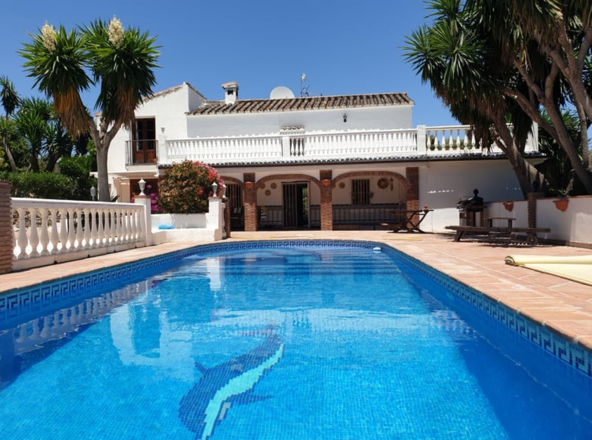 Ref:R3459889 Villa - Finca For Sale in Coín