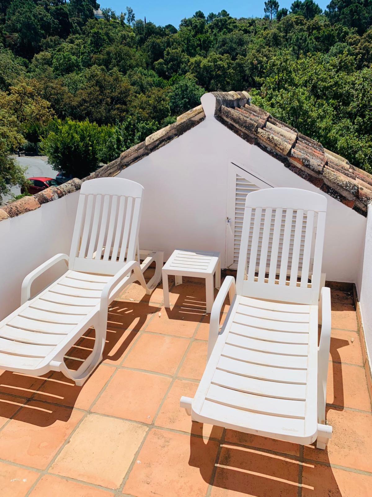 2 Bedroom Villa For Sale - La Zagaleta, Benahavis