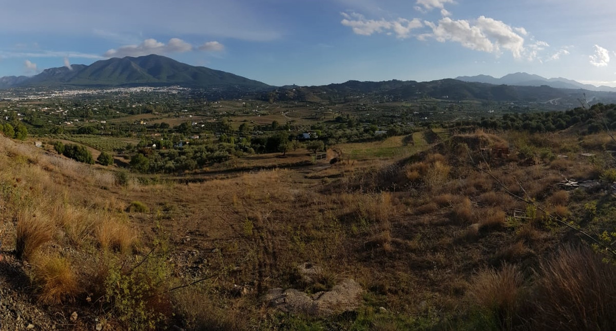 Ref:R3275785 Plot - Residential For Sale in Coín