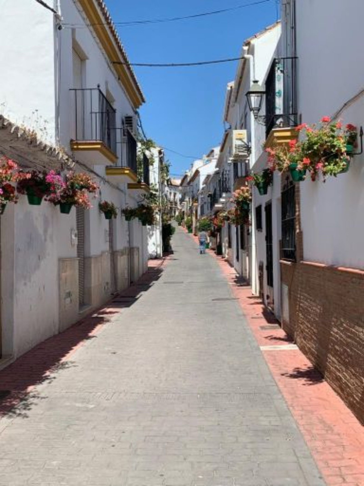 R3466054: Townhouse - Terraced in Estepona