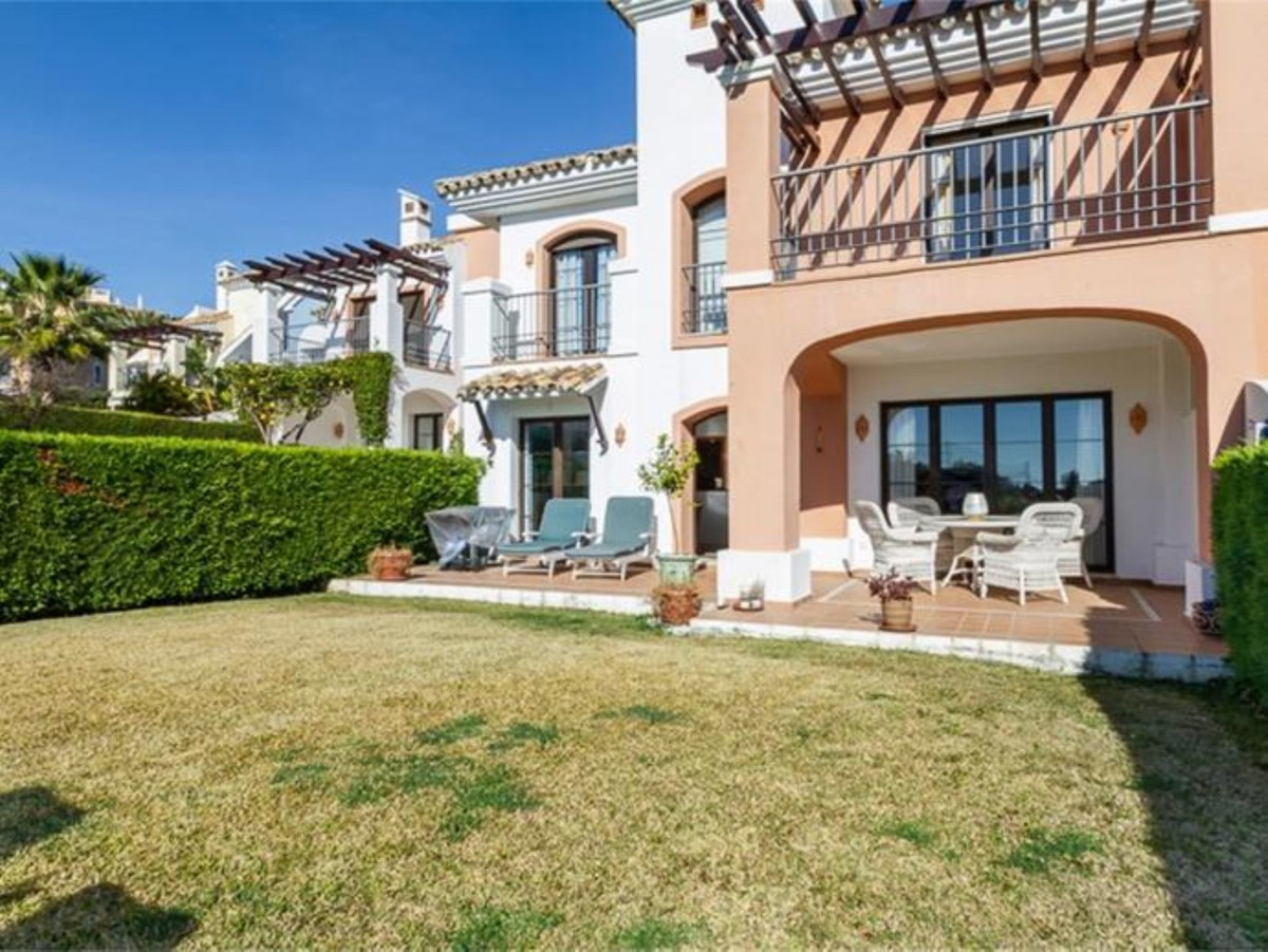 Ref:R3443167 Townhouse - Terraced For Sale in Benahavís
