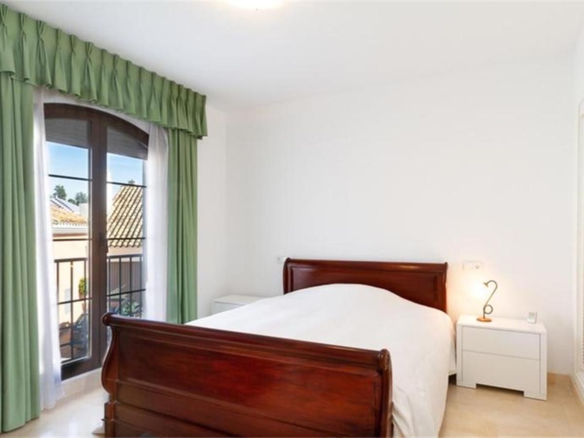4 Bedroom Terraced Townhouse For Sale Benahavís