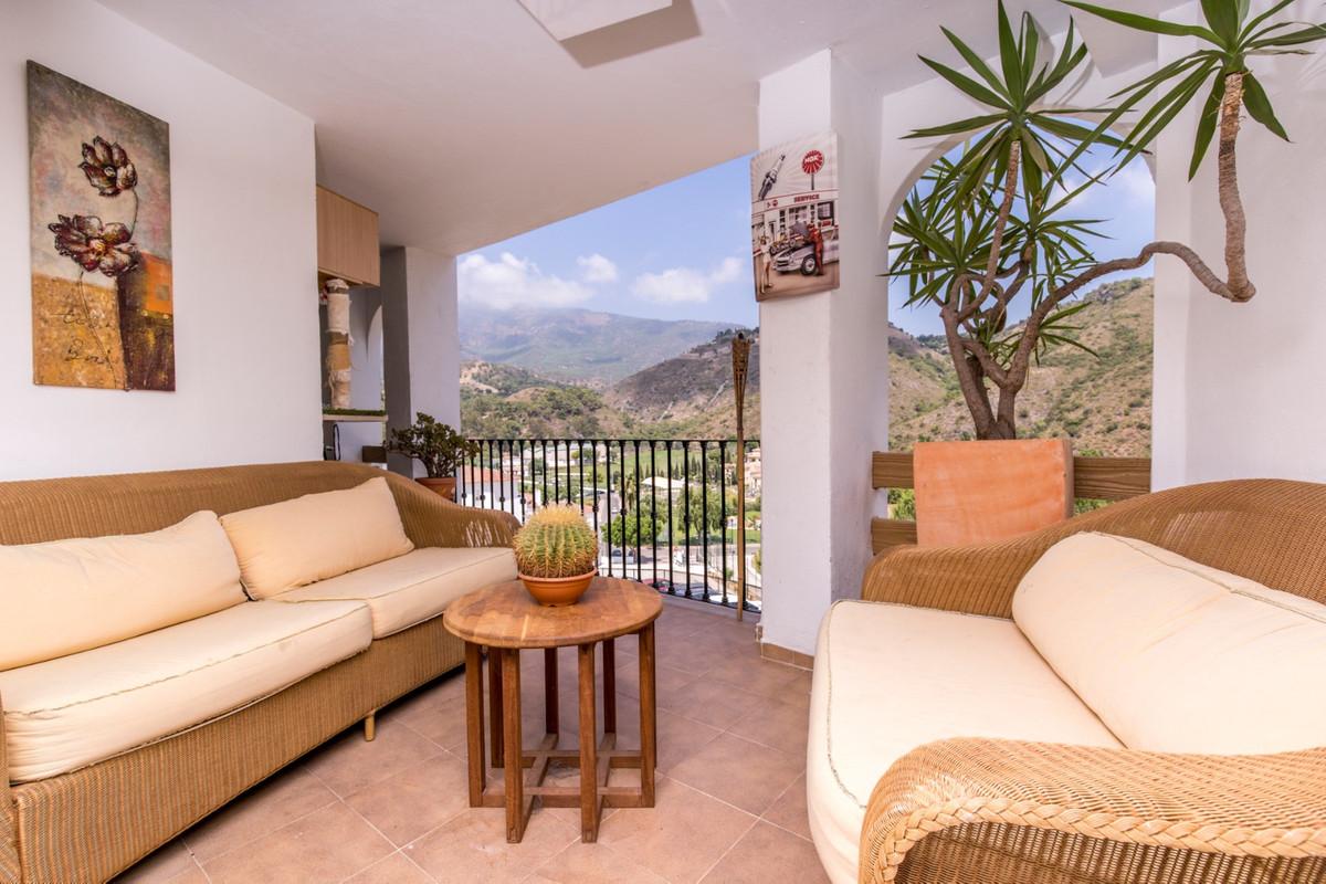 Ref:R3508591 Apartment - Middle Floor For Sale in Benahavís
