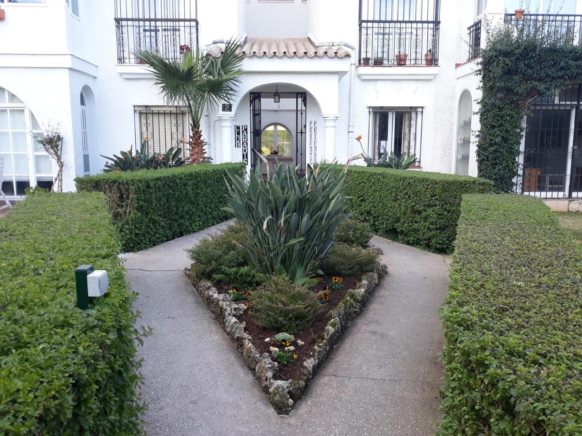 R3426520: Apartment - Ground Floor in Estepona