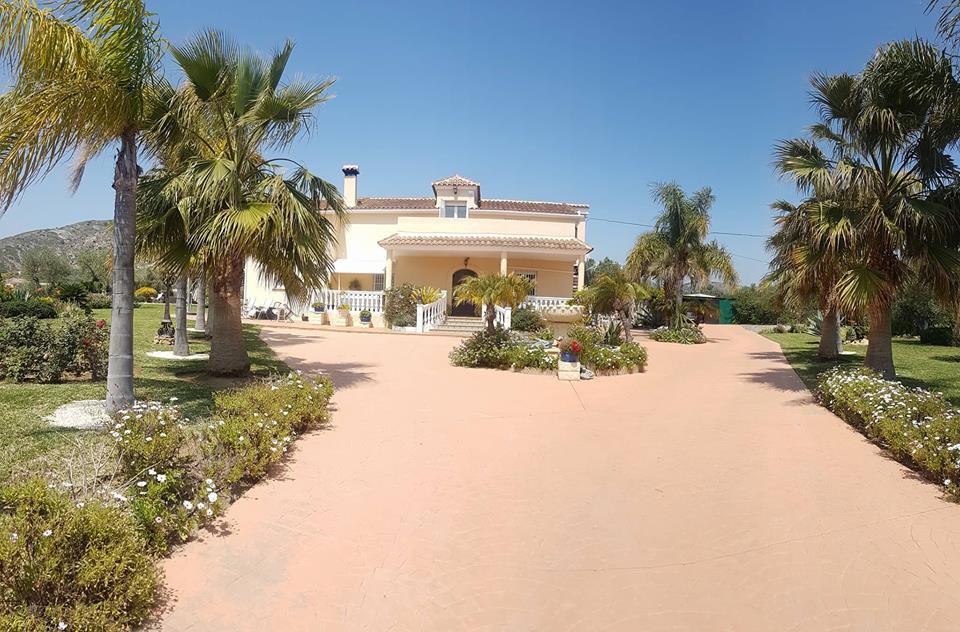 Ref:R3175063 Villa - Finca For Sale in Alhaurín el Grande