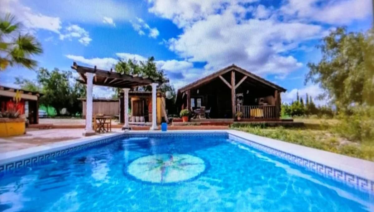 Ref:R3549637 Villa - Finca For Sale in Coín