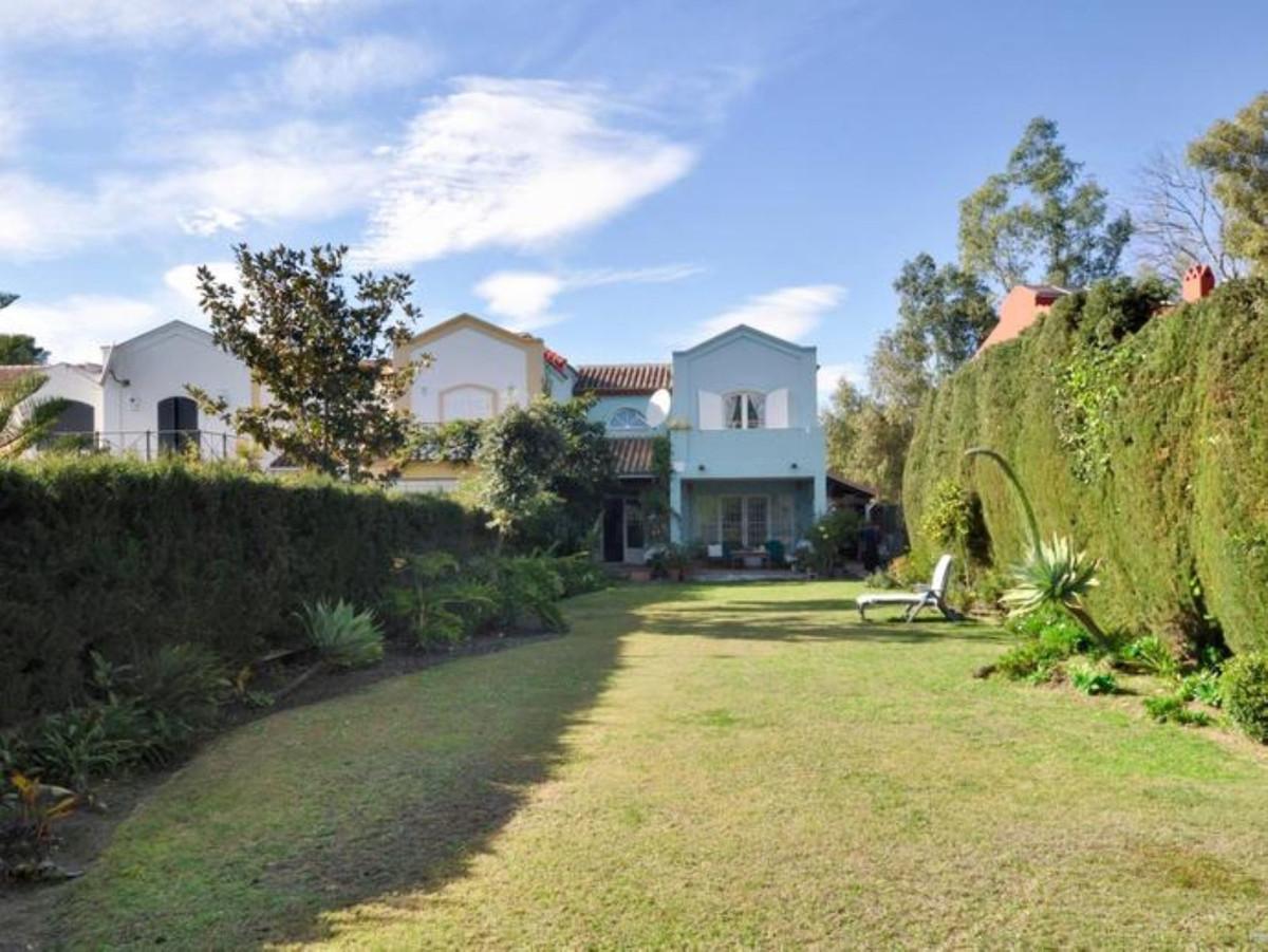 Ref:R3482203 Villa - Semi Detached For Sale in Guadalmina Alta