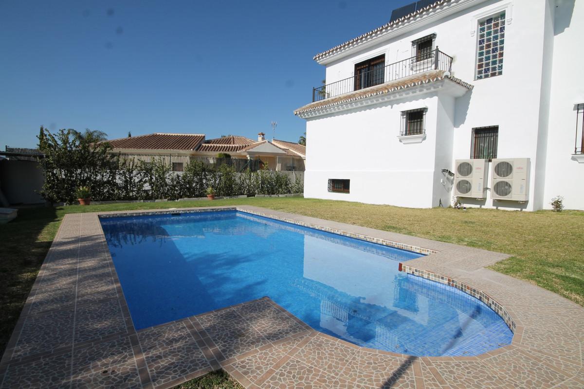 House in Alhaurín el Grande R3636443 1