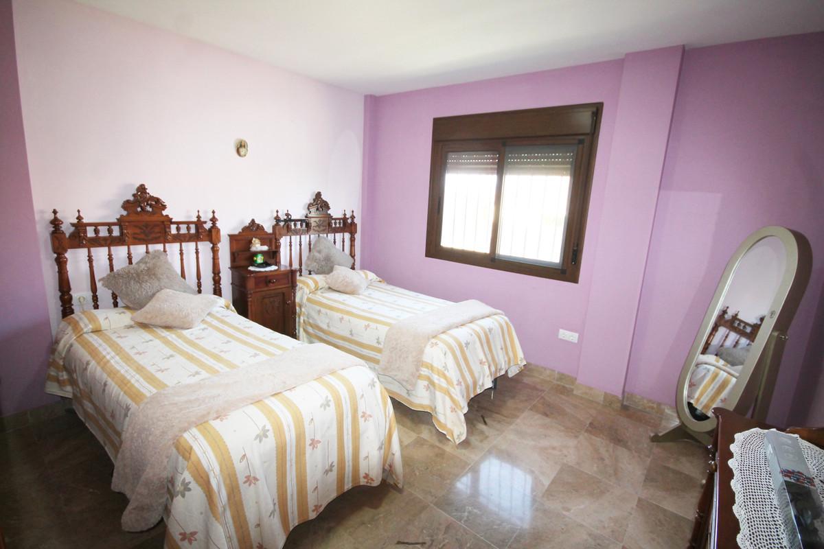 House in Alhaurín el Grande R3636443 12