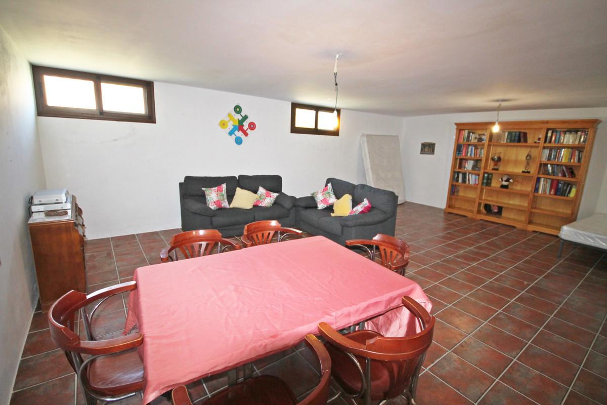 House en Alhaurín el Grande R3636443 16