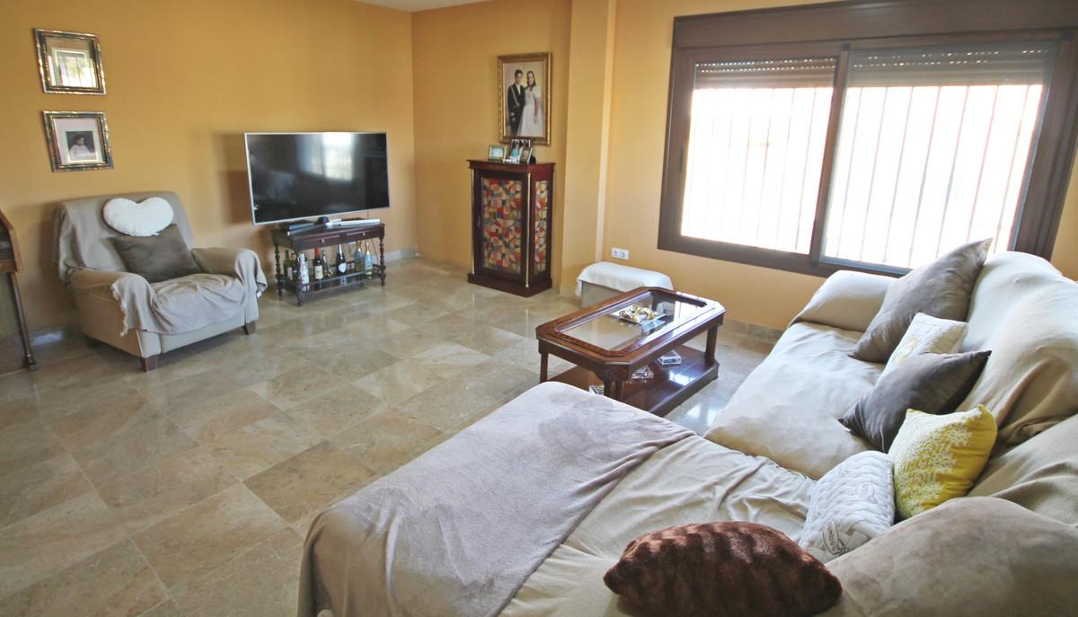 House in Alhaurín el Grande R3636443 3