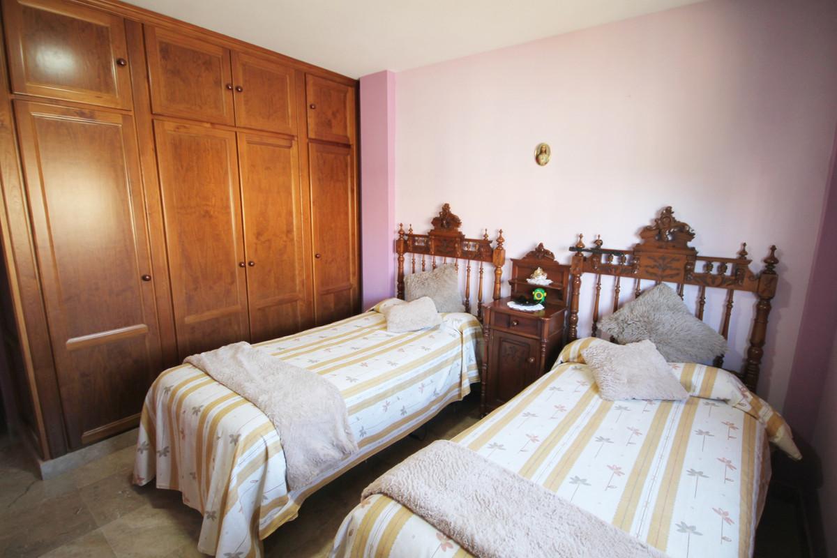 House en Alhaurín el Grande R3636443 6