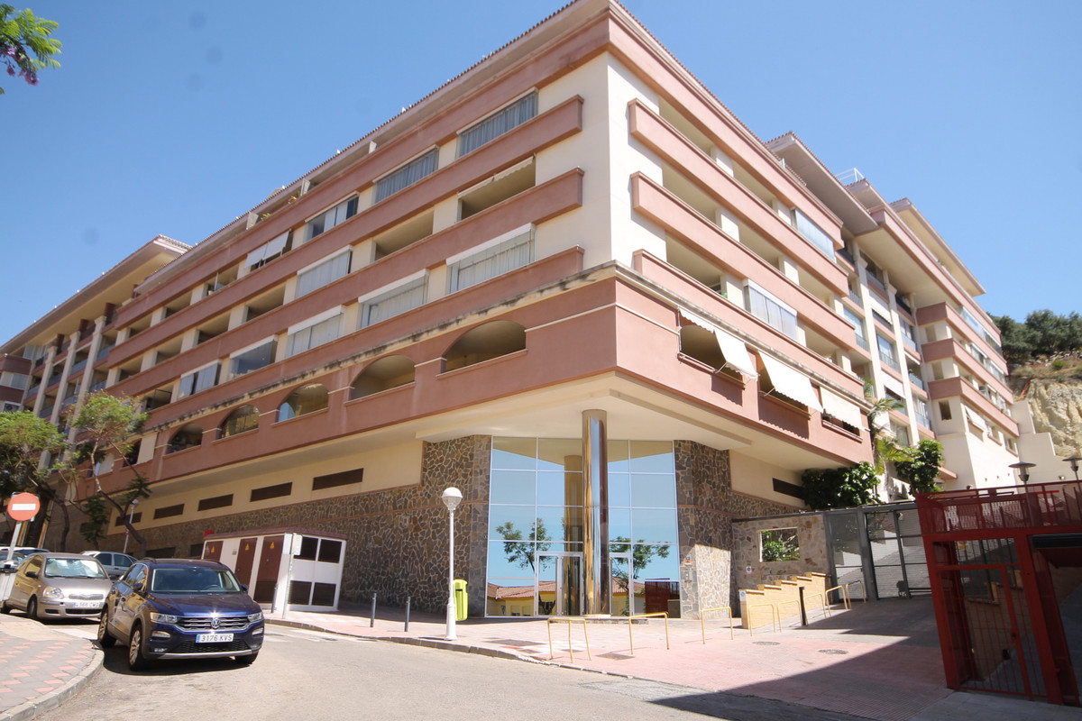 Apartment located in the emblematic area of ??Los Pacos in Fuengirola, where its friendly and loving,Spain