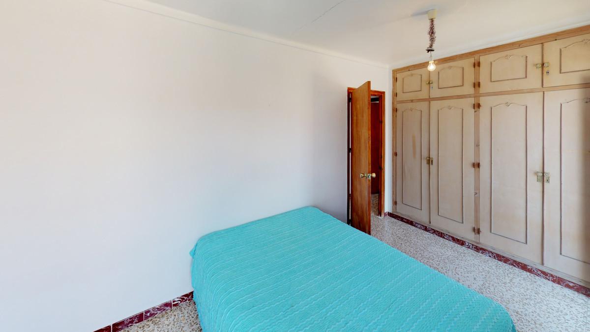 3 Dormitorio Adosada Unifamiliar En Venta Guaro