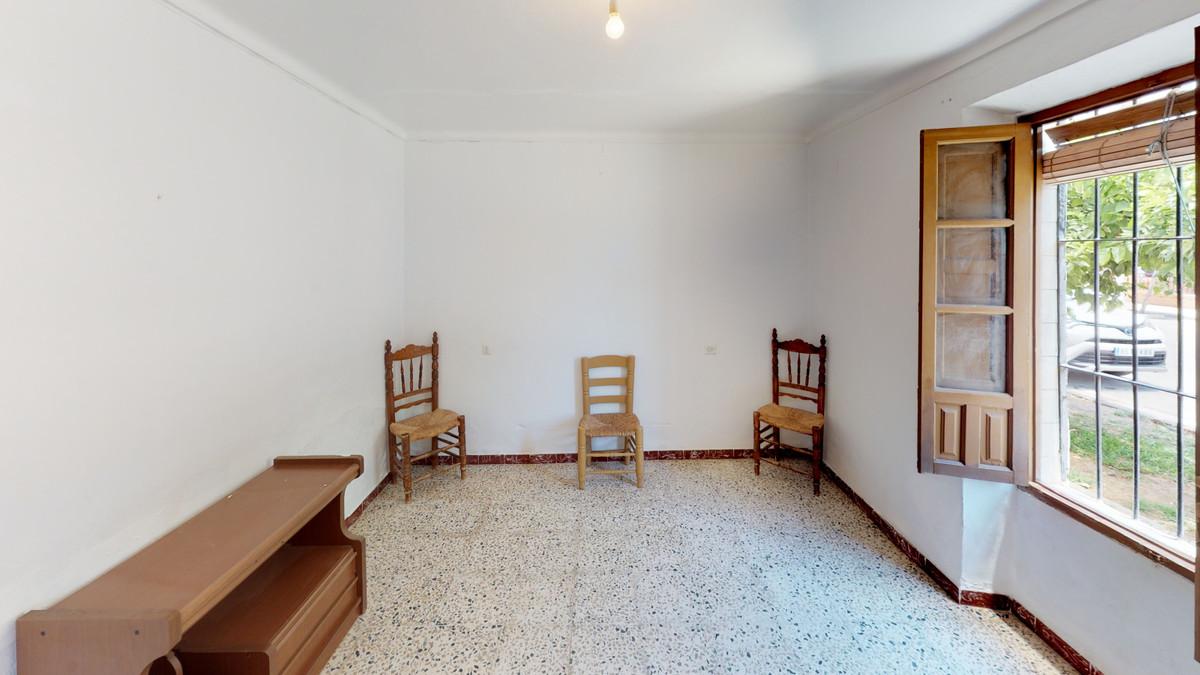Rijhuis te koop in Guaro R3482002