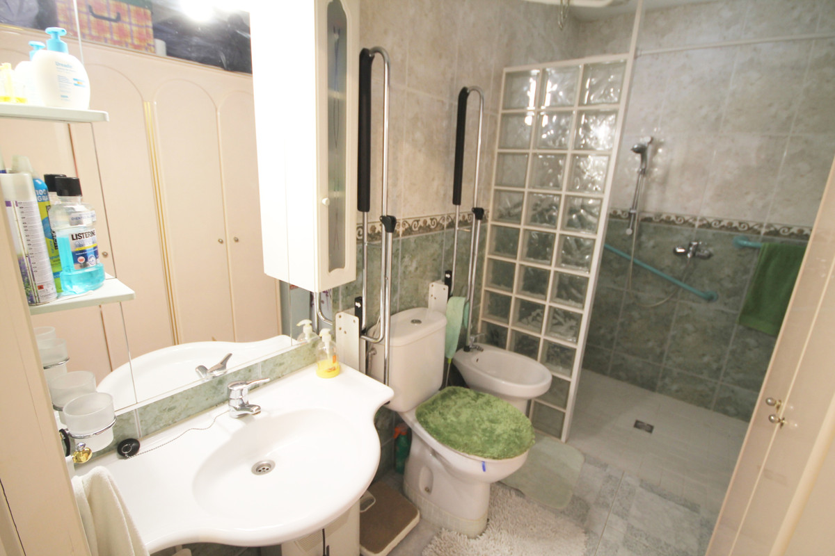 Villa con 3 Dormitorios en Venta Los Pacos