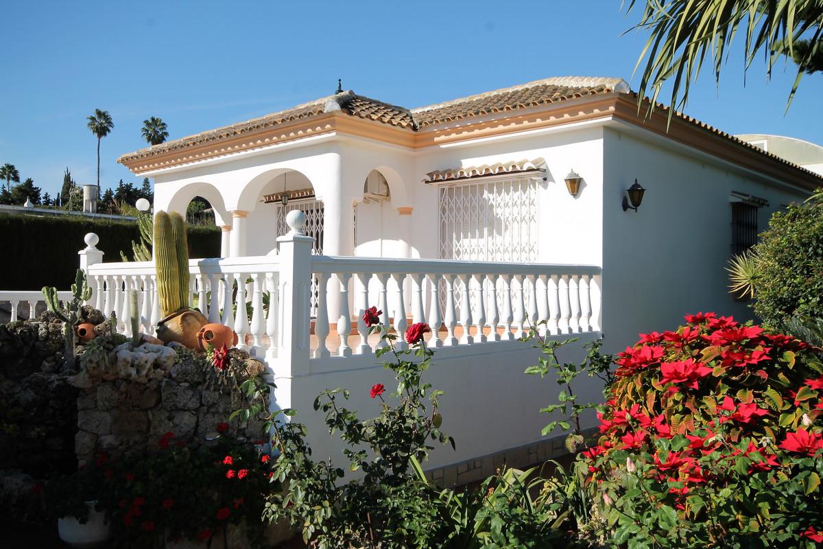 Villa Te Koop - El Coto