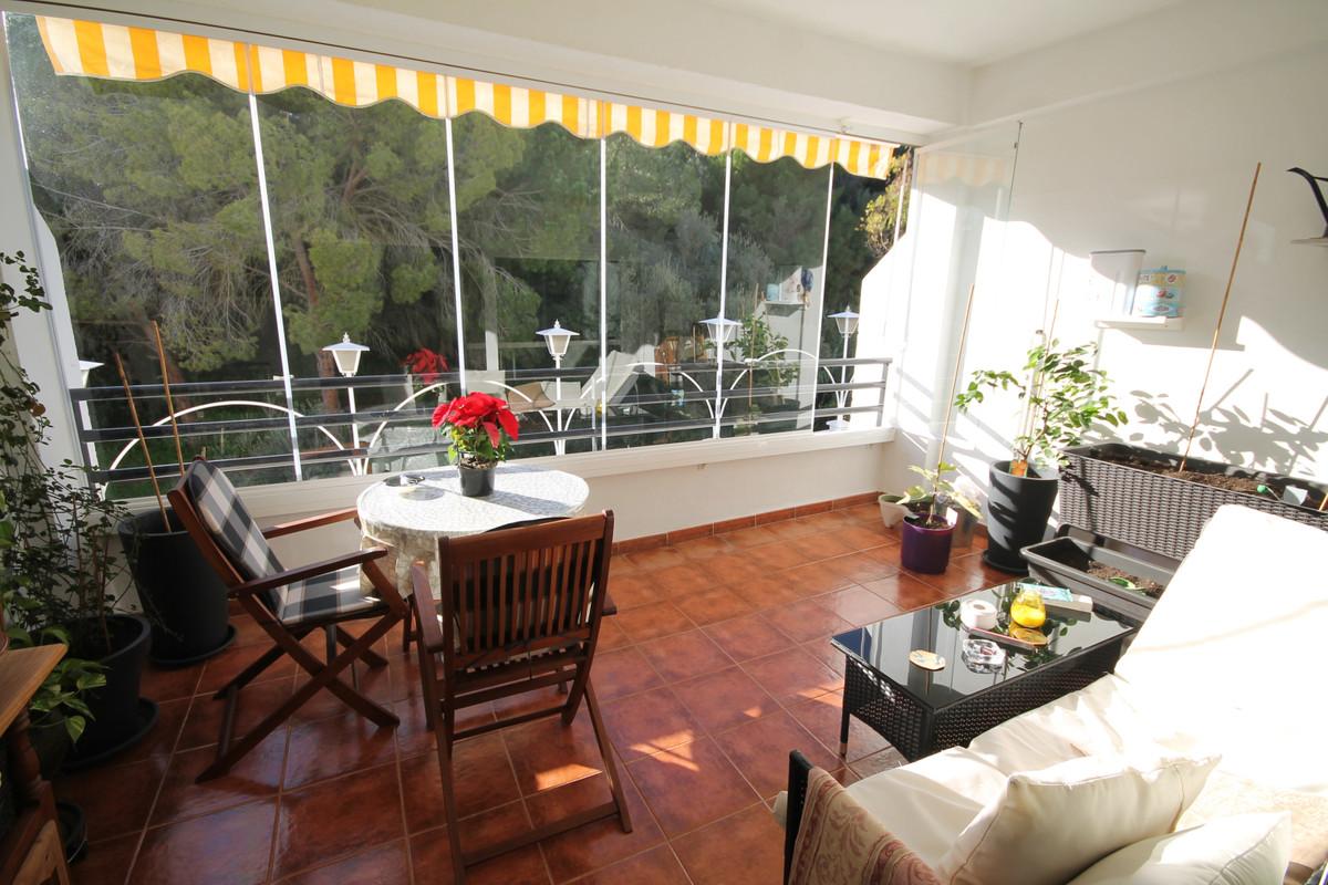 Townhouse, Sierrezuela, Costa del Sol. 3 Bedrooms, 2 Bathrooms, Built 182 m², Terrace 60 m².  Settin,Spain