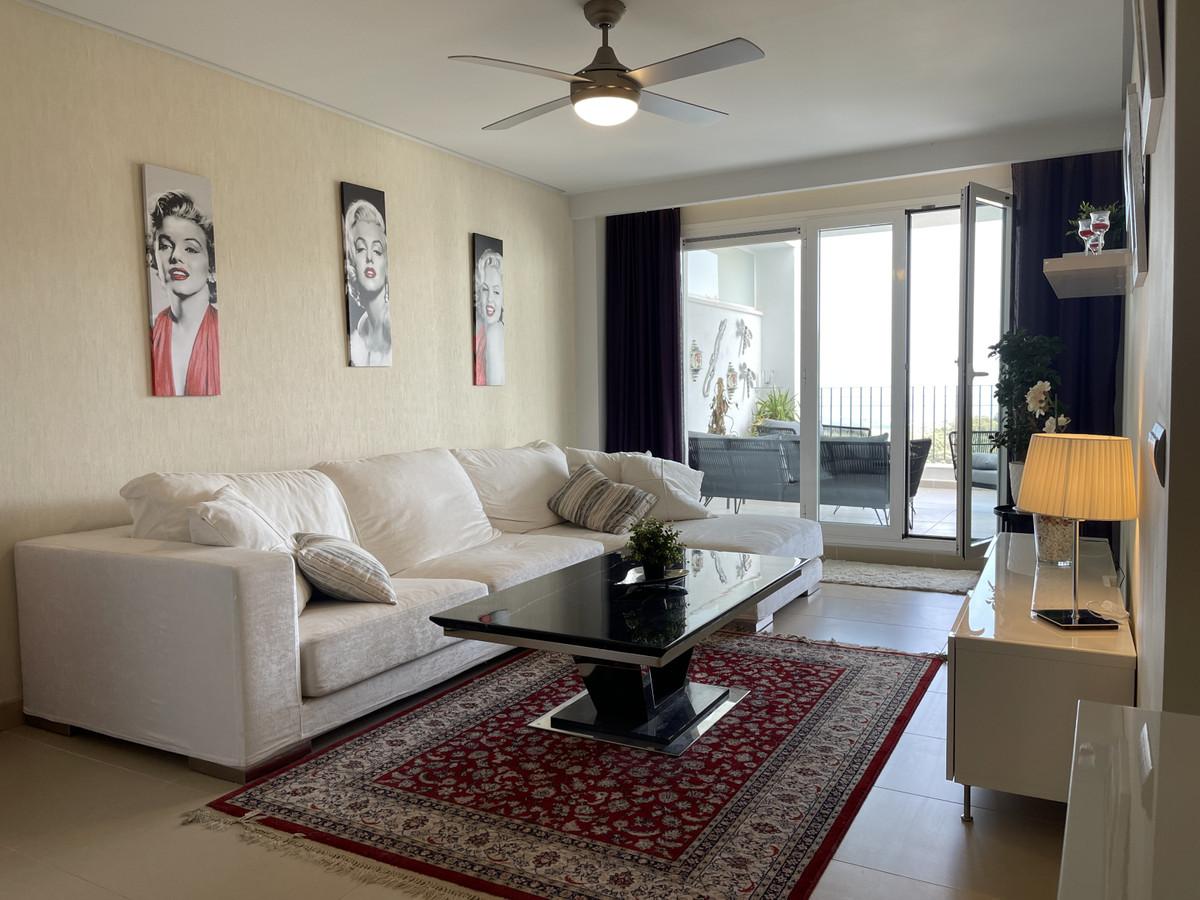 Apartment Middle Floor La Mairena Málaga Costa del Sol R3645647 3