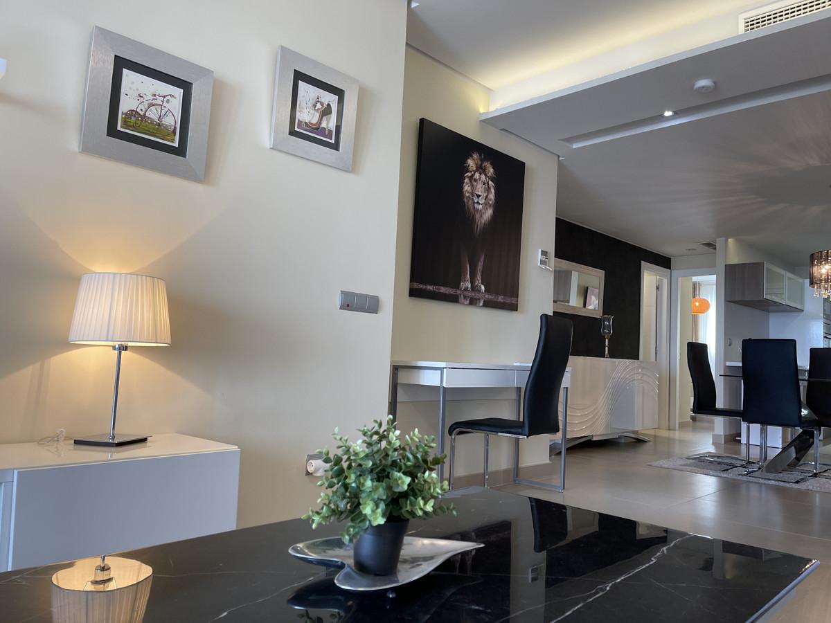 Apartment Middle Floor La Mairena Málaga Costa del Sol R3645647 4