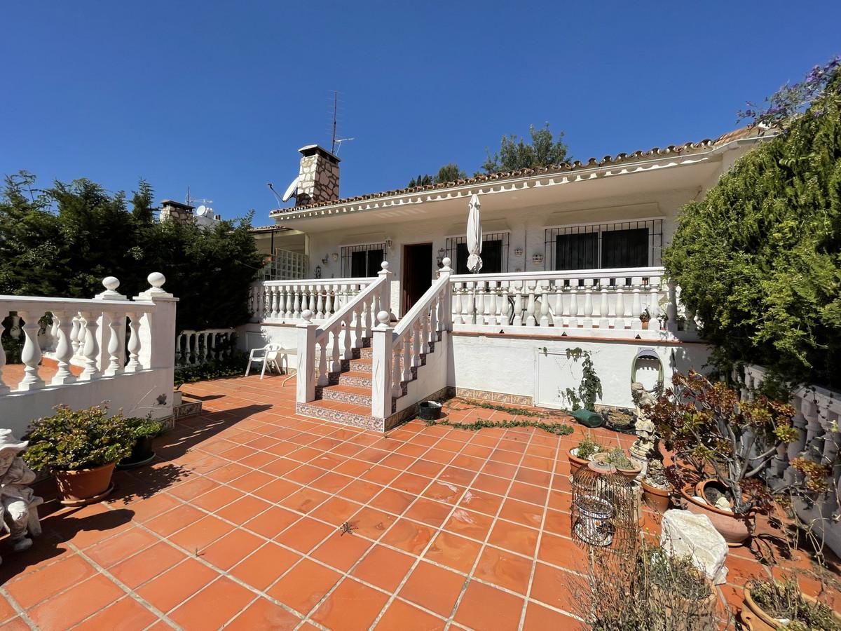 House in Los Pacos R3830494 2
