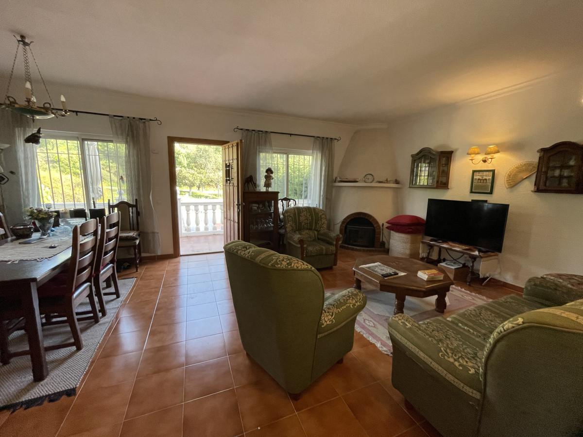 House in Los Pacos R3830494 5