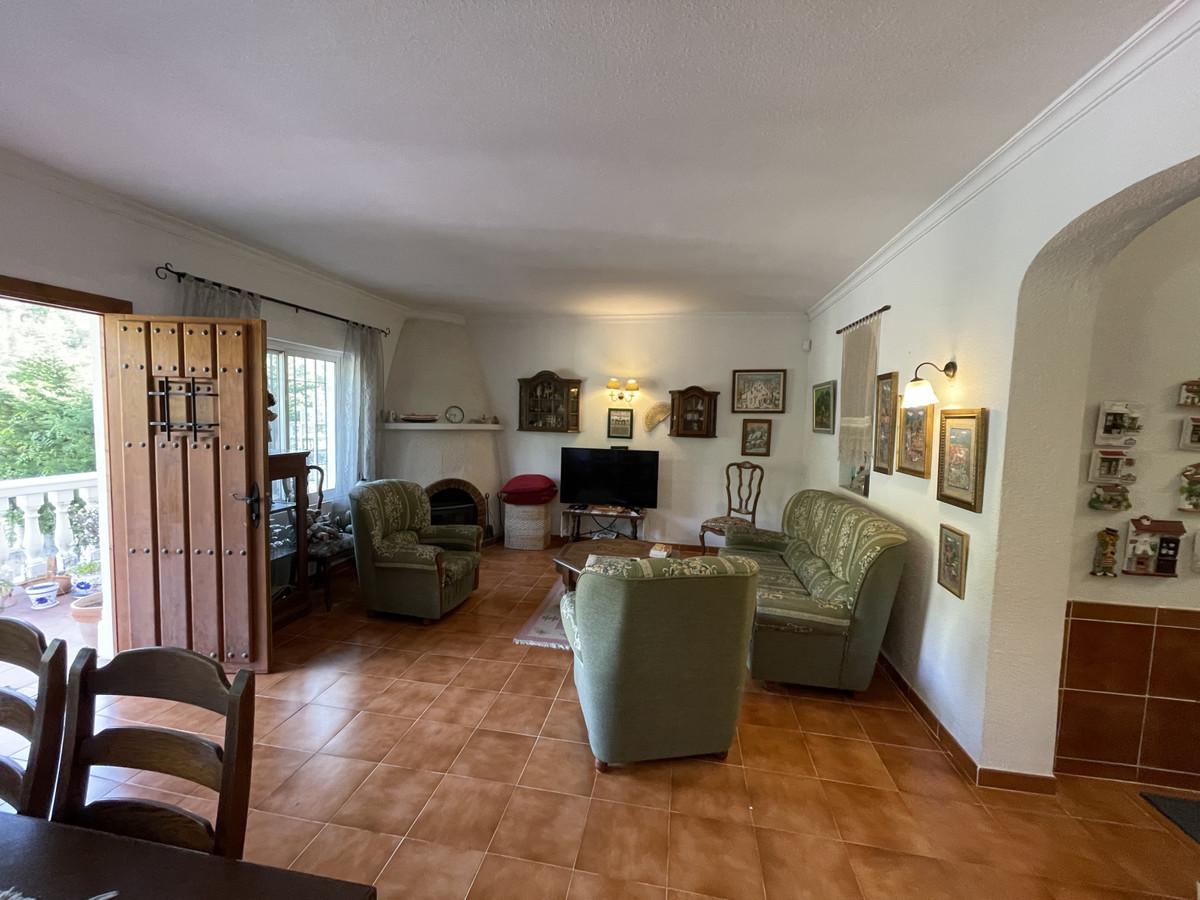 House in Los Pacos R3830494 7