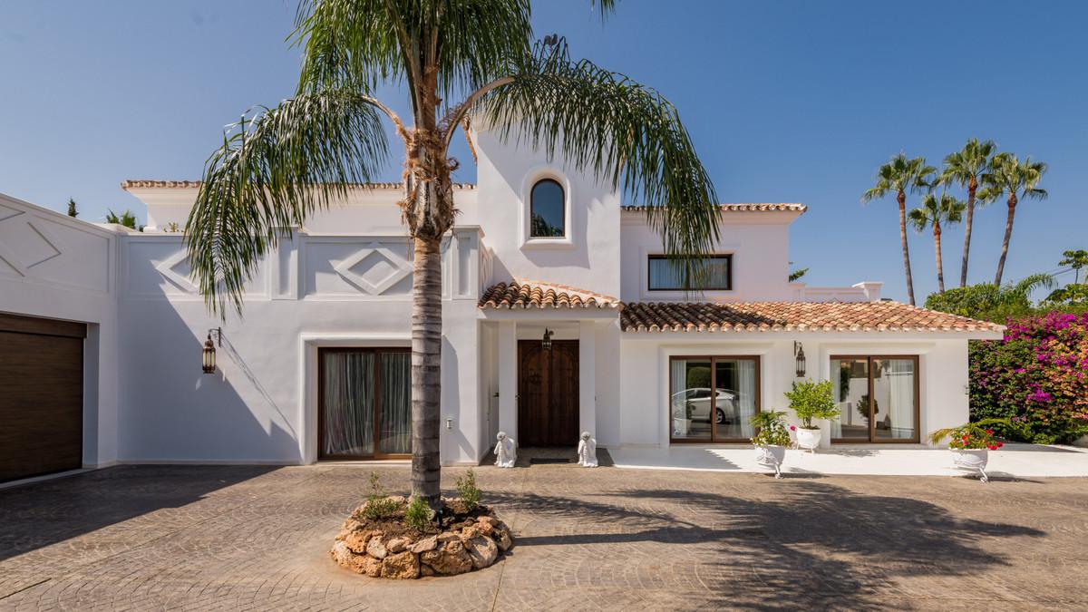 House in Atalaya R3903235 1