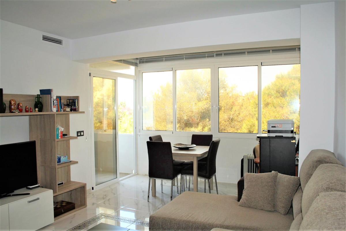 Middle Floor Apartment for sale in El Rosario