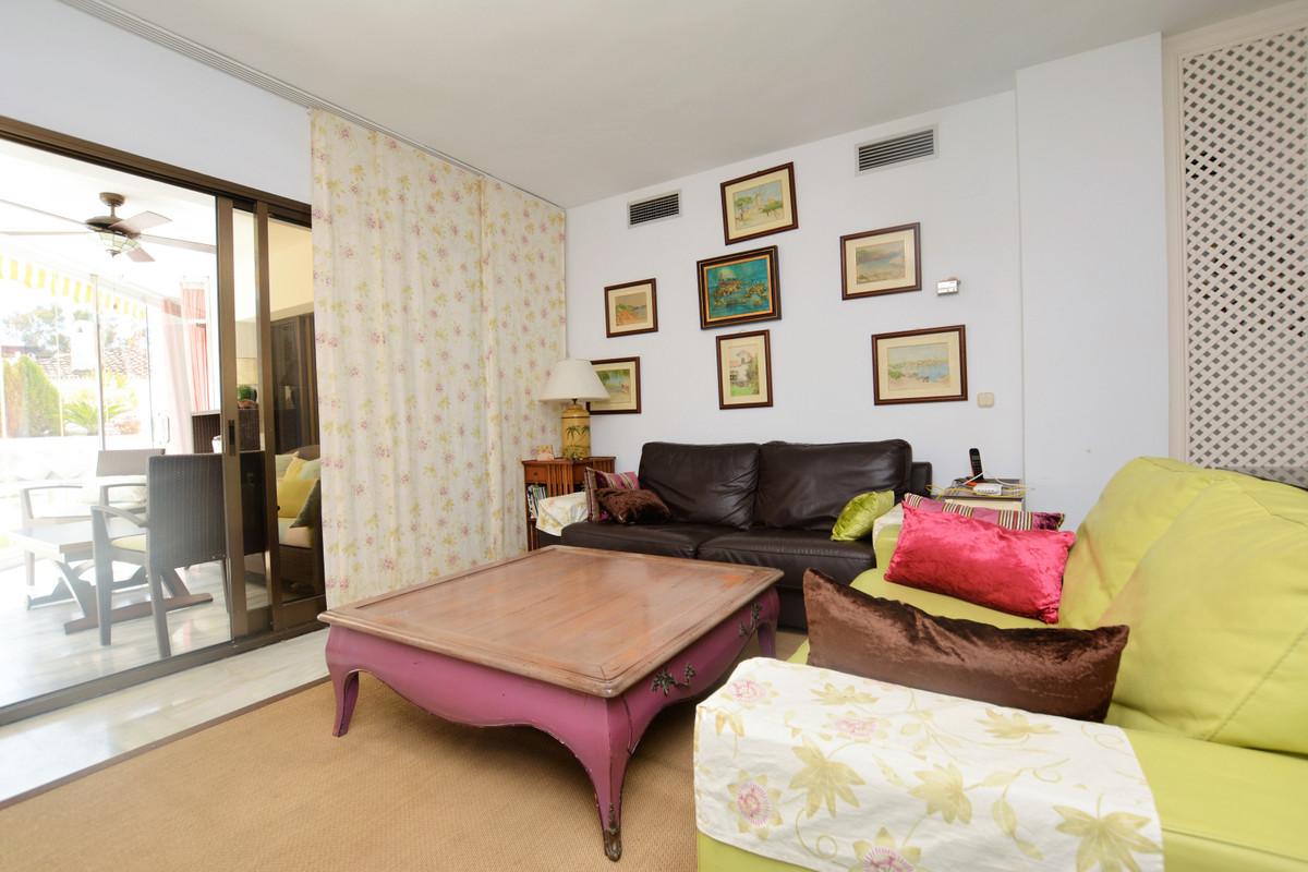Apartamento Planta Media en Elviria