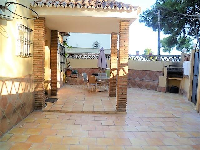 Villa - Nueva Andalucía