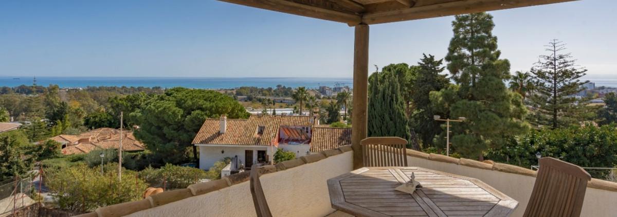Detached Villa for sale in Torremolinos R3792964