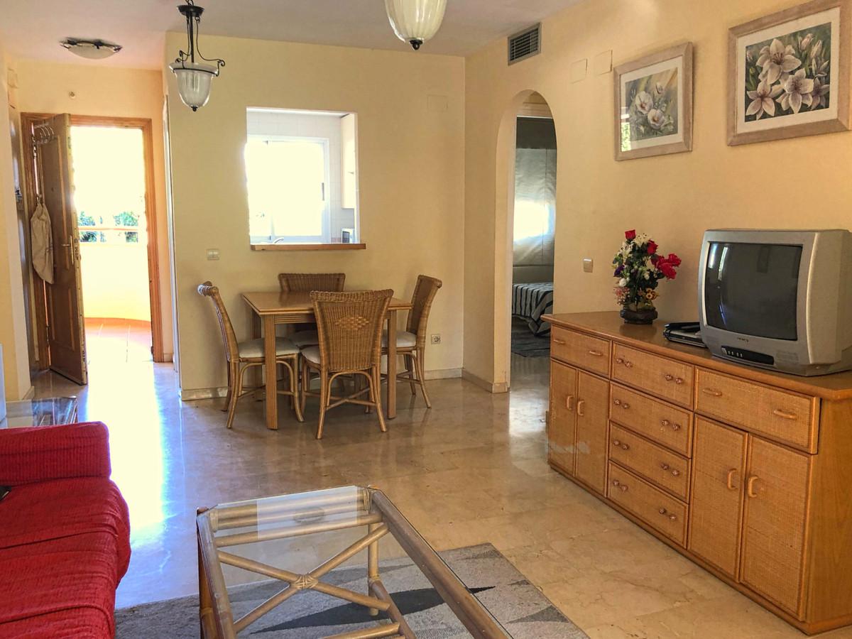 Appartement te koop in Calahonda R3324568