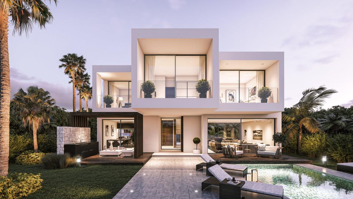 Ref:R3259558 Villa For Sale in Estepona