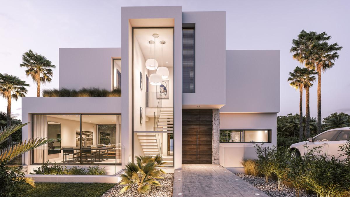 House in Estepona R3259558 2