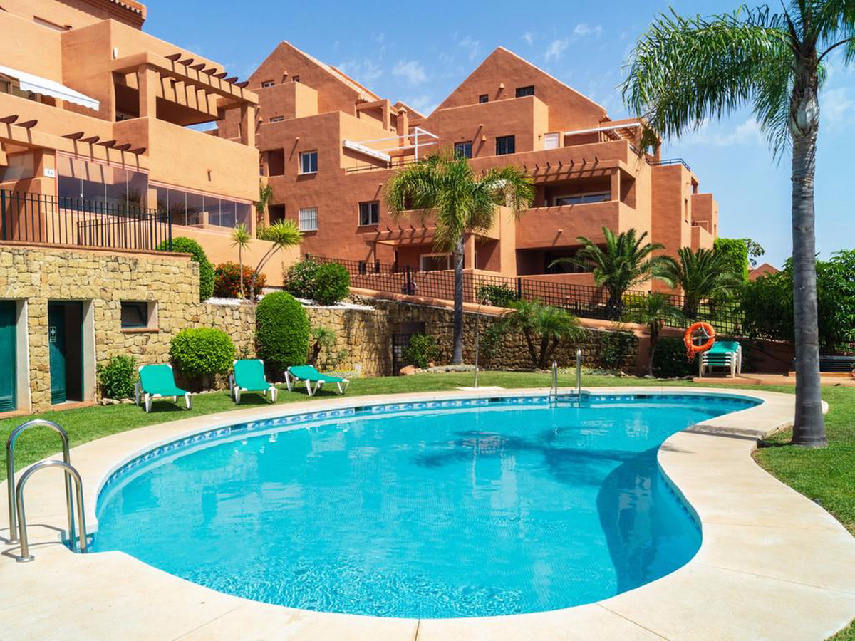 This spacious apartment is located in Los Lagos de Santa Maria Golf in Elviria, one of the most soug,Spain