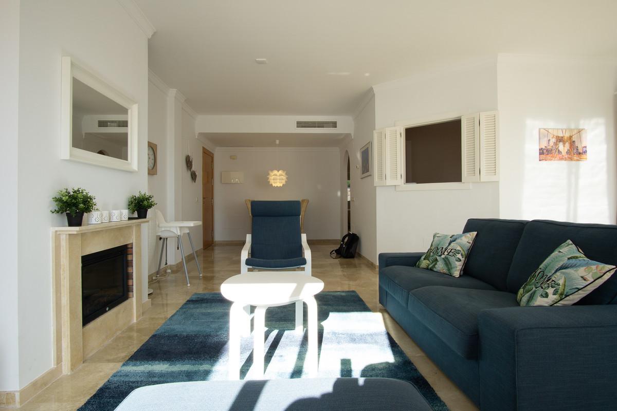 Middle Floor Apartment La Mairena